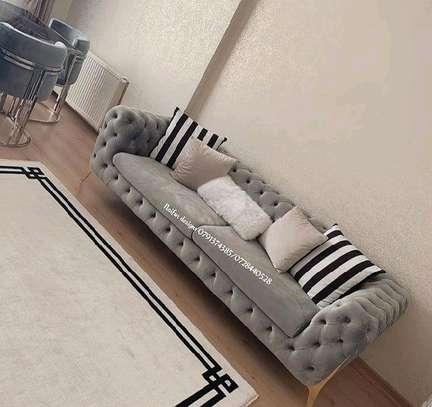 sofas/tufted sofa/Chesterfield sofas image 1