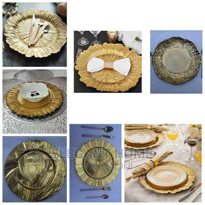 Round Charger Plates image 4
