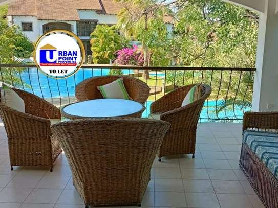 Furnished 3 bedroom apartment for rent in Malindi Town image 9
