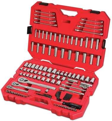 CRAFTSMAN Mechanics Tool Set, SAE / Metric, 135-Piece image 1