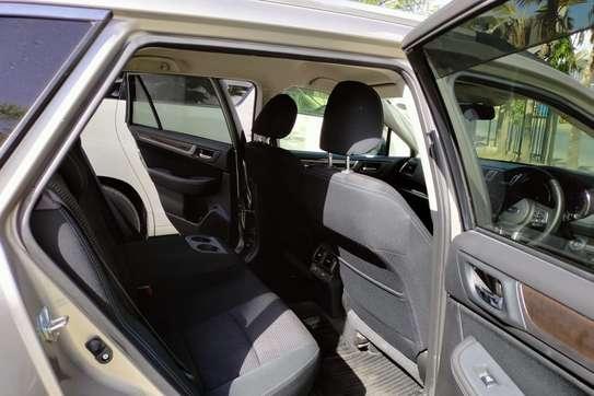 Subaru Outback image 8