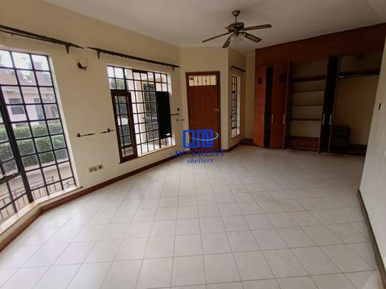 4 bedroom house for rent in Gigiri image 14