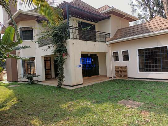 4 bedroom house for rent in Gigiri image 19