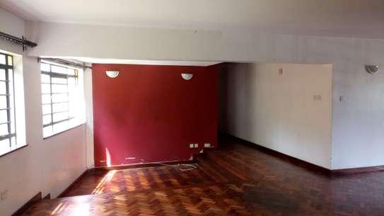 3 bedroom apartment for rent in Rhapta Road image 11