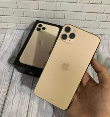 Iphone 11 pro max *Gold*