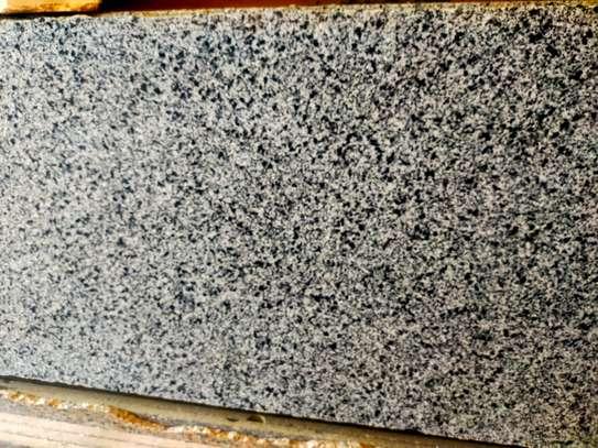 granite countertops;; image 2