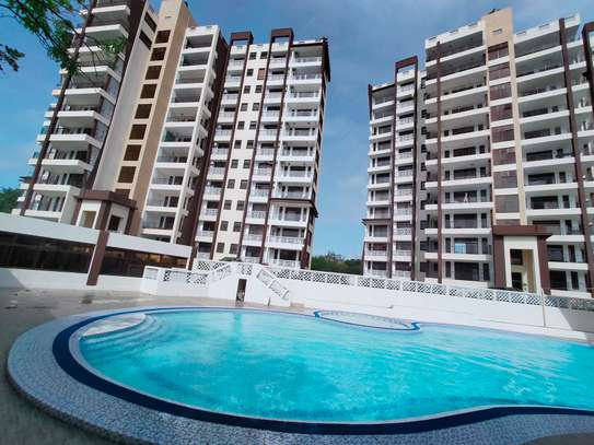 4 bedroom apartment for sale in Nyali Area image 3