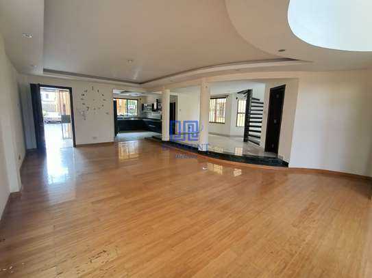 5 bedroom house for rent in Brookside image 8