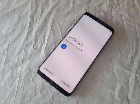 Samsung Galaxy S9 256 Gigabytes Black image 2
