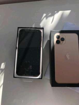 Apple Iphone 11 Pro 512Gigabytes image 2