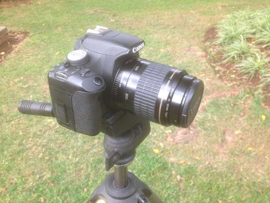 Canon 500D (T1i) 15mp with 80-200mm lens - low shutter count