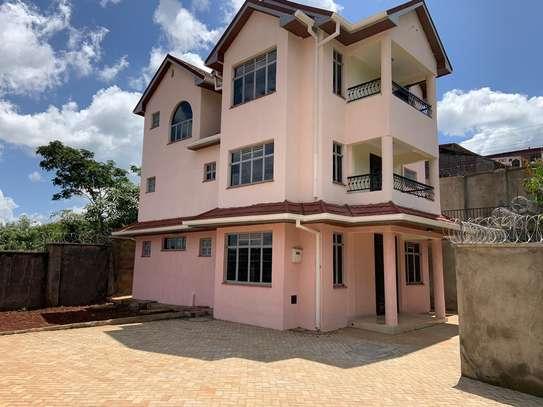 Homes image 10
