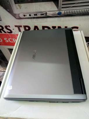 Asus F3S core 2/3gb ram/160gb hdd. image 2
