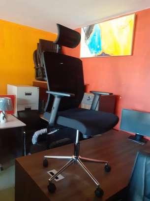 Orthopedic Mesh Chairs With Tilt Mechanism, Adjustable Arms & Adjustable Headrest image 3