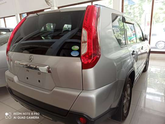 Nissan X-Trail Automatic image 7