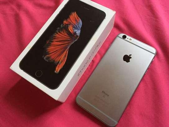 Apple Iphone 6s Plus The 128 Gigabytes Black Colour image 1
