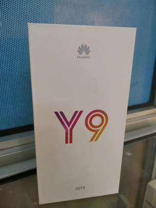 Huawei Y9 2019 brand new and sealed in a shop. image 1