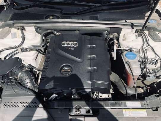 Audi A4 2.0T 2013 image 9