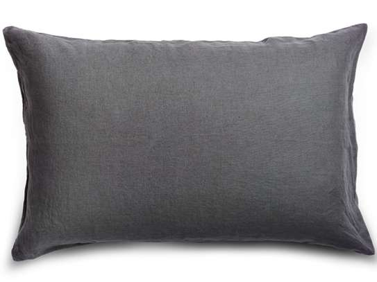 ELEGANT THROW PILLOWS image 2