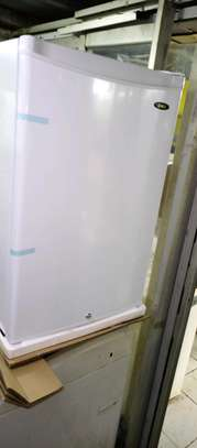 Upright freezer 100L image 1