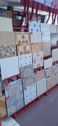30 by 30 (17 pieces ) Floor Tiles image 1