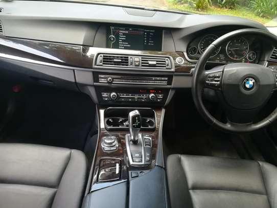 BMW 535i Automatic image 5