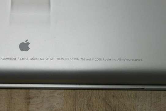 Original Apple Macbook Pro Aluminum Unibody A1281 Battery image 5