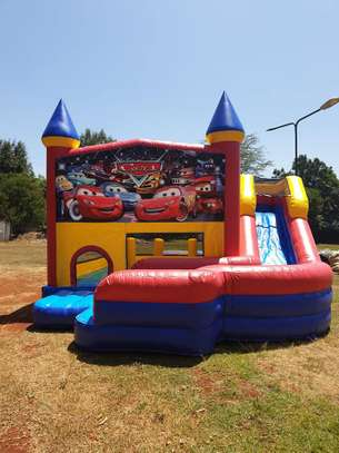 we hire bouncing castles,trampolines,facepainting and clown image 2