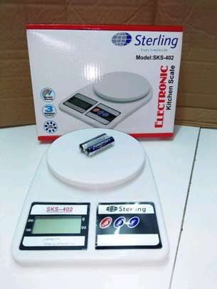 Electronic 10kg weighing scale image 1