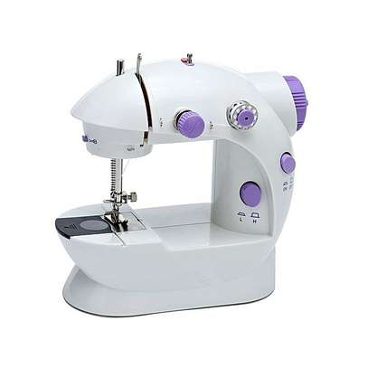 Portable Home Handwork Electric Mini Sewing Machine With Led Light image 4