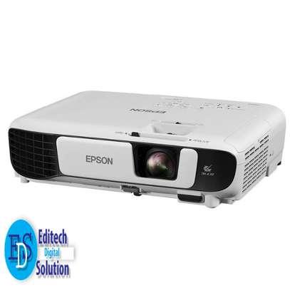 Epson EB-S41 SVGA 3300 Lumens Projector image 1