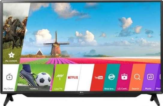 LG 49 inch smart TV FHD