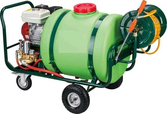Fertiliser pump image 1