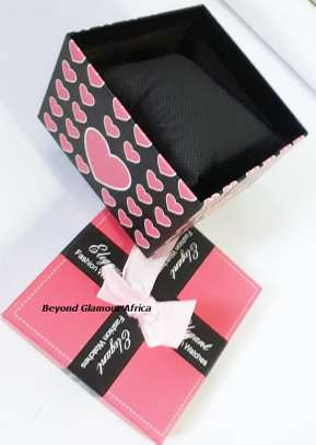 Gift Box with ribbon image 1