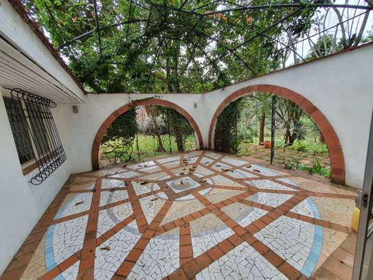 4 bedroom spacious house in Runda image 1