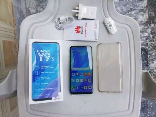 mobile phone Huawei y9s image 2