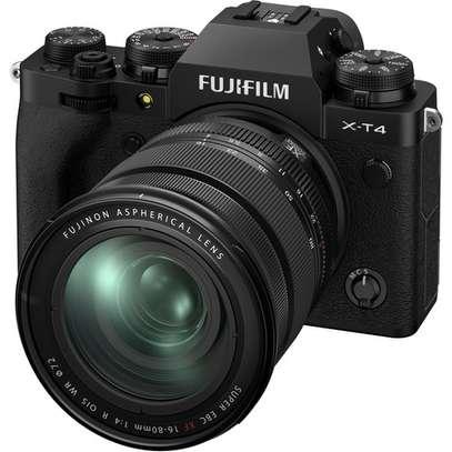 FUJIFILM X-T4 Mirrorless Digital Camera with 16-80mm Lens image 4