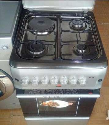 Von Hotpoint 3+1 Cooker image 1