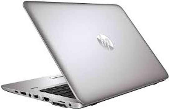 Laptop Hp 242 probook image 2