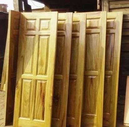 Mvule Solid doors(single standard) image 2