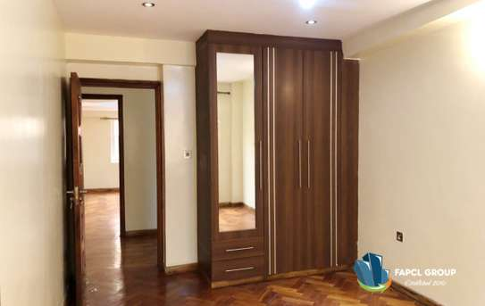 5 bedroom villa for rent in Lavington image 15