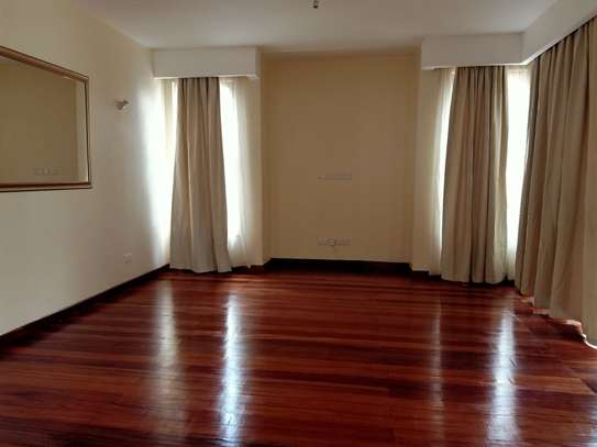 4 bedroom house for rent in Garden Estate image 2
