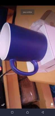 Magic heat sensitive mugs image 4