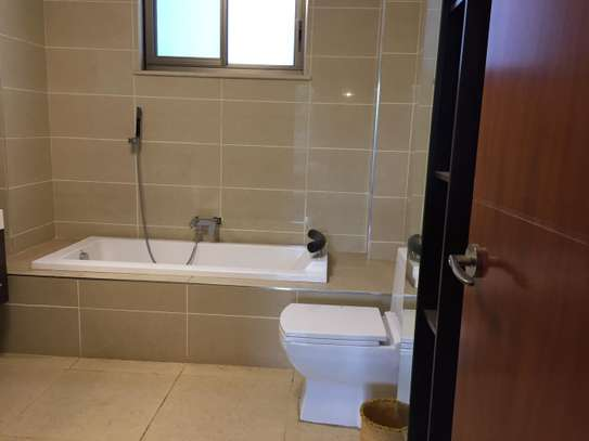 Furnished 3 bedroom apartment for rent in Parklands image 11
