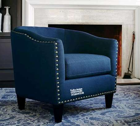 One seater sofas/accent chairs image 2