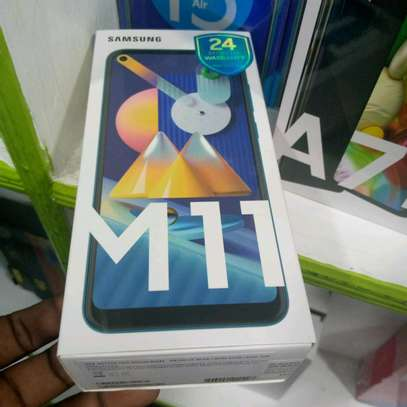 Samsung M11 new 32gb 3gb ram 5000mAh battery 13mp tripple camera image 1