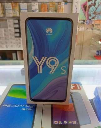 Huawei Y9s Smartphone: image 1