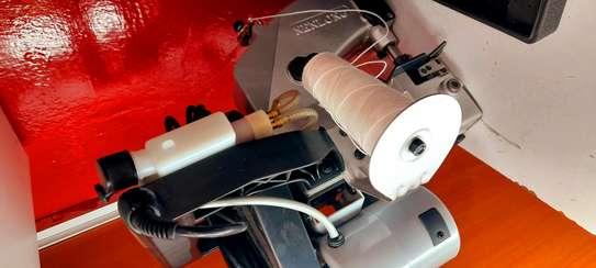 Bag closer/sewing machine 2pole 90w image 1