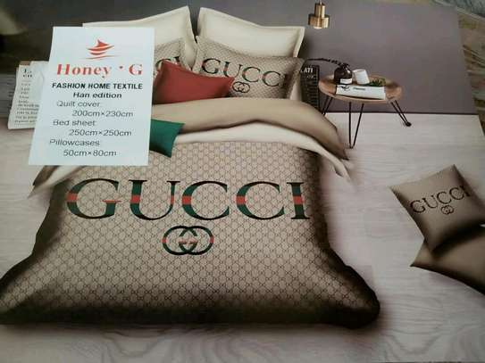 Duvets  with  stylish design image 4