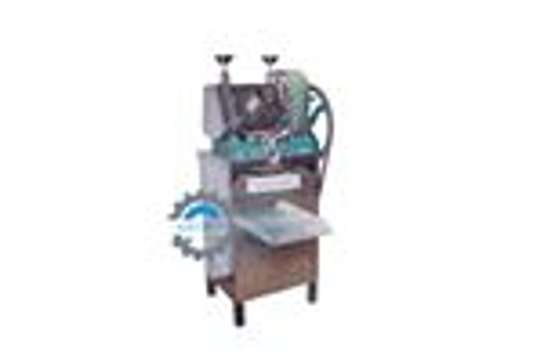 Combined Manual and Electric sugarcane juicer image 1